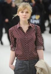 Клменс Пози, фото 158. Clmence Posy Arrives at the Burberry Autumn Winter 2012 Womenswear Show during London Fashion Week - 20.02.2012, foto 158