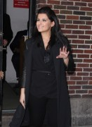 Нелли Фартадо, фото 1439. Nelly Furtado Outside David Letterman Studio - February 23, 2012, foto 1439