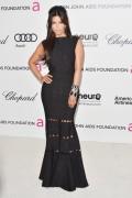 Ким Кардашиан, фото 7946. Kim Kardashian Elton John AIDS Foundation Academy Awards Party - 02/26/12*with sister Kourtney, foto 7946,