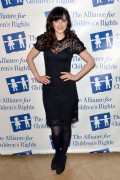 Зуи Дешанель, фото 1767. Zooey Deschanel Alliance For Children's Rights Annual Dinner in Beverly Hills - March 1, 2012, foto 1767