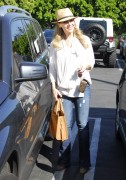 Джули Бенц, фото 1144. Julie Benz leaving Mauros Cafe in Melrose - March 3, 2012, foto 1144