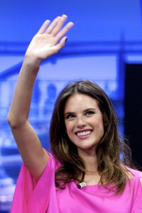 Алессандра Амброзио, фото 8173. Alessandra Ambrosio On 'El Hormiguero' TV Show in Madrid, 05.03.2012, foto 8173