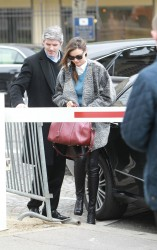Миранда Керр, фото 3758. Miranda Kerr - arriving at the Miu Miu runway show, Paris - March 7, foto 3758